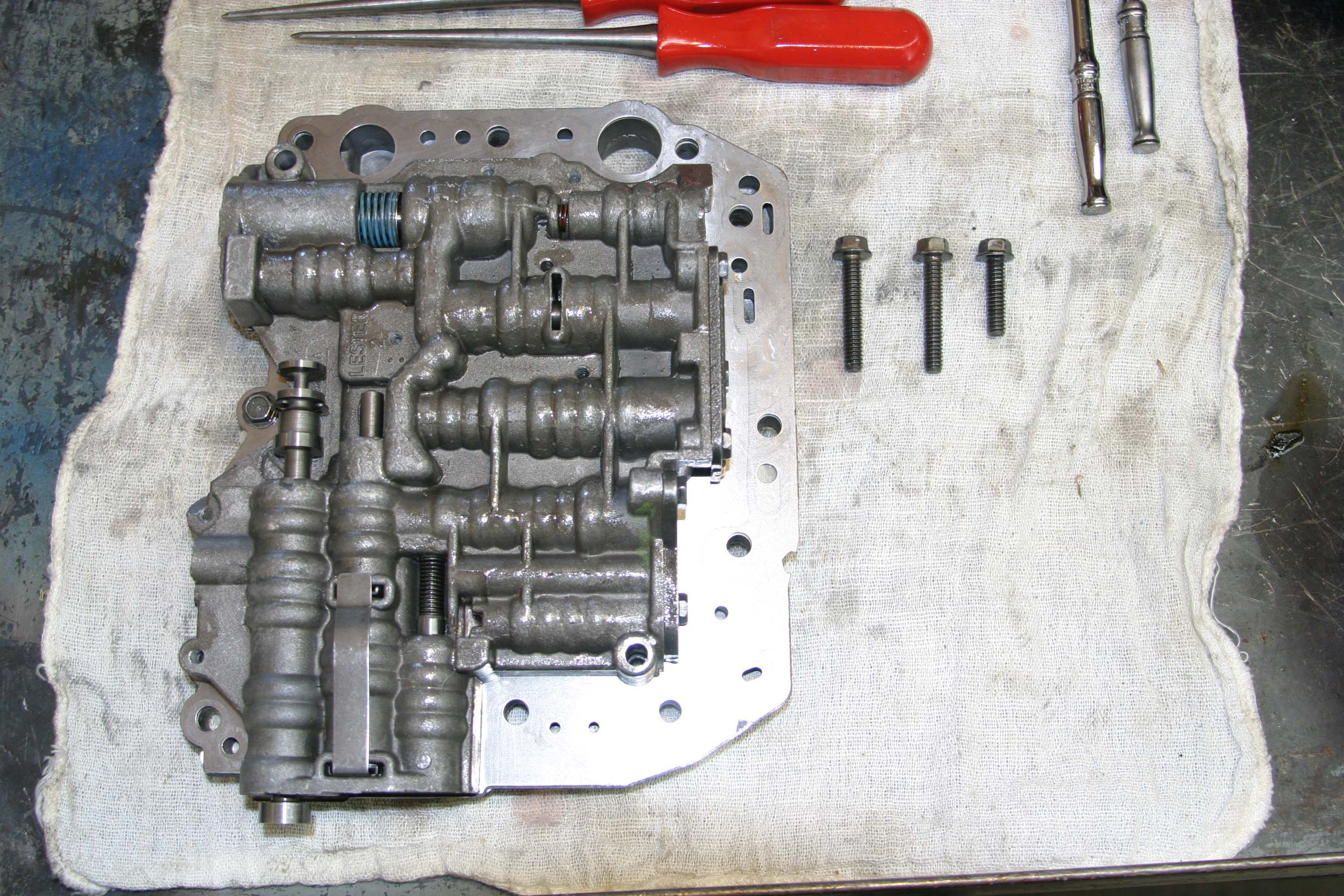 ClassicBroncos Tech Articles    Blog Archive    C4   valve      body   16