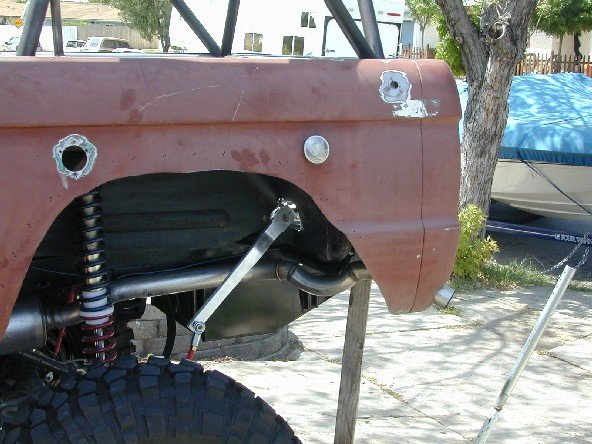 Swaybar on 66 Ford Bronco Roll Bar