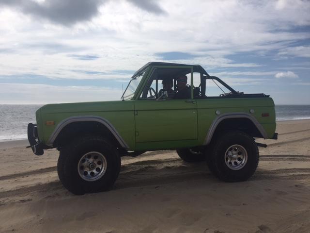 76_Bronco_1