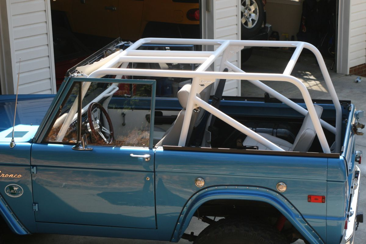 Roll Bars Cages Wild Horses Full Size Ford Bronco | Autos Post